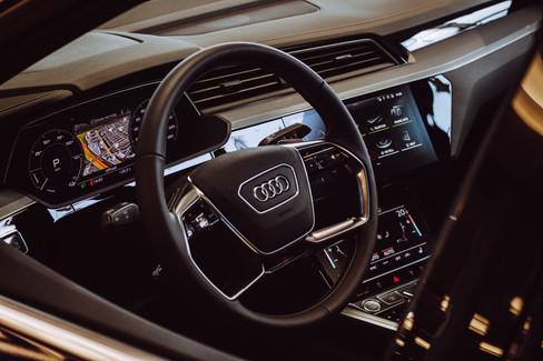 Audi E-tron-03.jpg