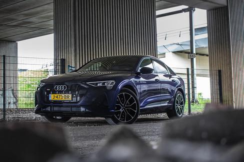 Audi E-trons1-14.jpg