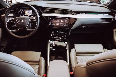 Audi E-tron-06.jpg