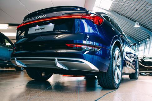 Audi E-tron-14.jpg