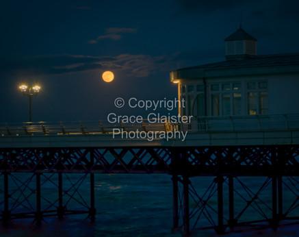 Super Blue Blood Moon Over Cromer Pier by Grace Glaister.jpg