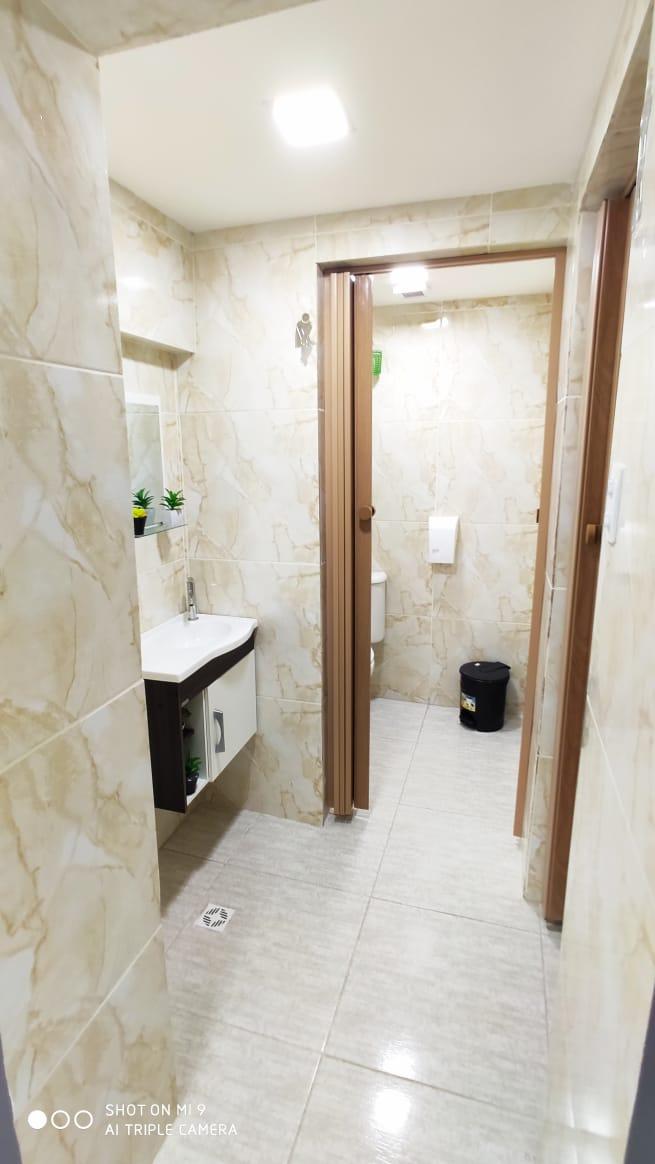 Banheiro Individual: Feminino e Masculino