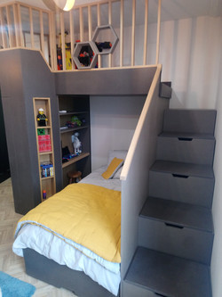 bed with fitted wardrobes