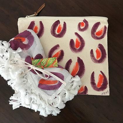 Leopard Wrap & Tote: Maroon/Orange