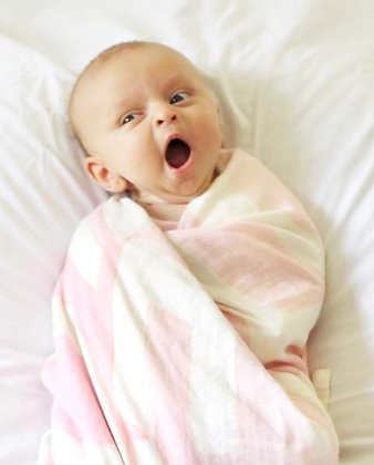 LOVE Swaddle™ Pink & White