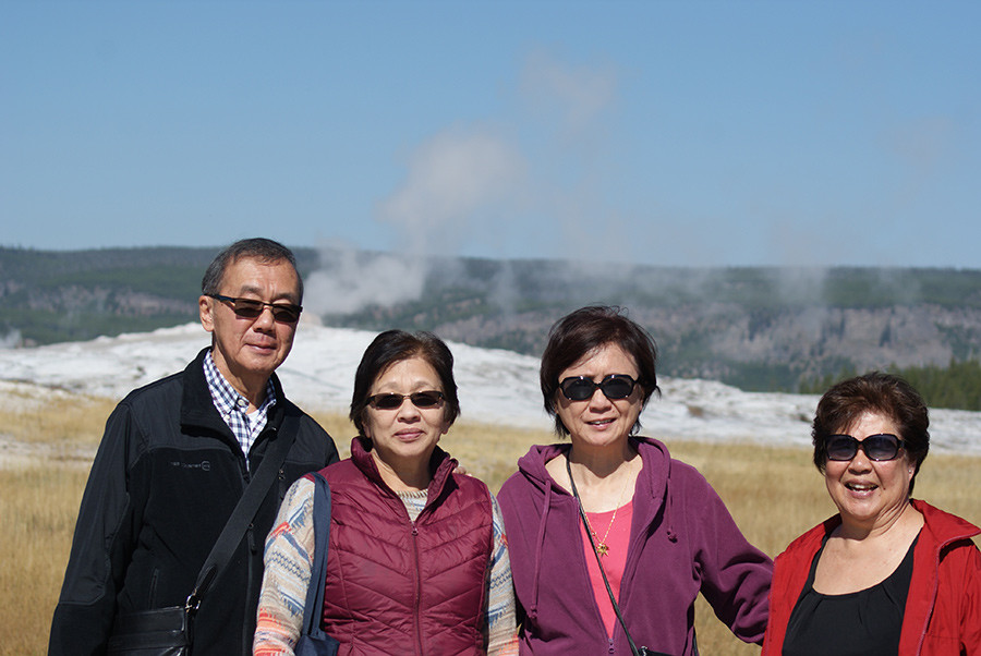 Clive & Denise Yap Sam, Loraine Lee and Jennifer Sue Ho in front of Old Faithful