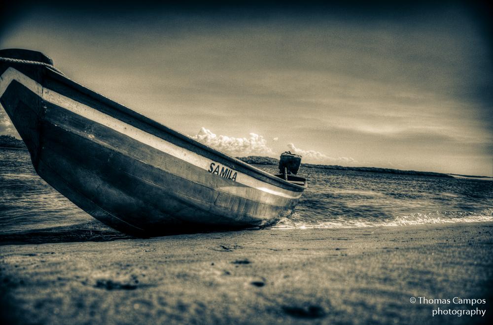 Samila Boat