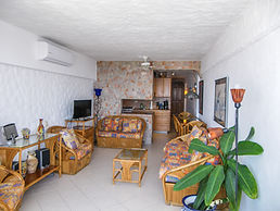 Condo 405 Living room.jpg