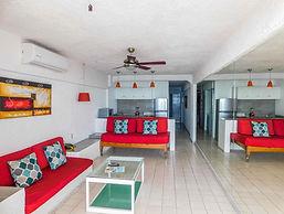 condo 604 living room.jpg