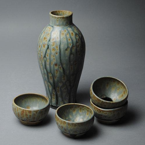 Sake Whiskey Set with Four Bowls R 13