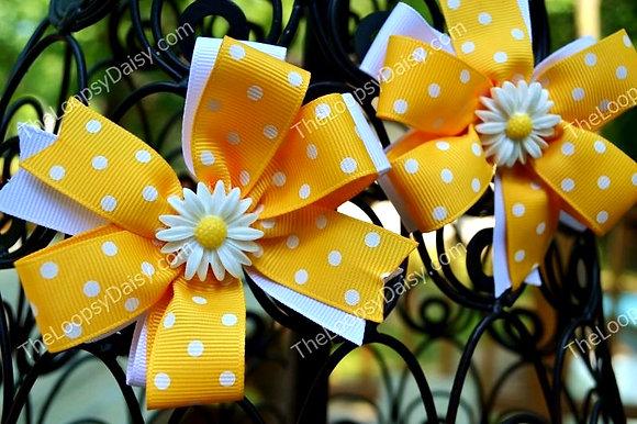 Daisy Pinwheel Bow