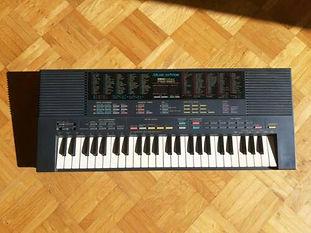 Yamaha  Portasound PSS-580