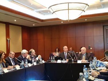 מפגש משלחת מהכנסת עם הבריטים במסגרת ההסברה הישראלית והחשיבה על עתיד מזרח התיכון, בארגון בית ישראל בת