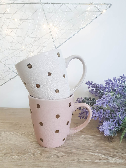 Assorted Spotty Gold Mugs