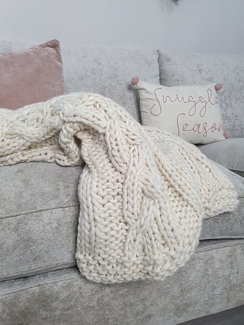 Chunky Ivory Cable Knit Throw