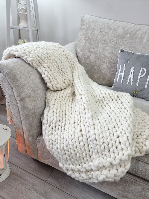 Chunky Ivory Knitted Throw