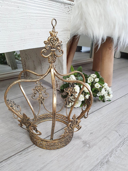 Decorative Bronze Crown Figure