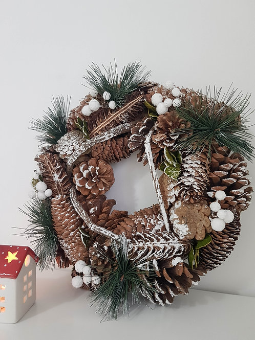 Chunky Pinecone Frosted Wreath