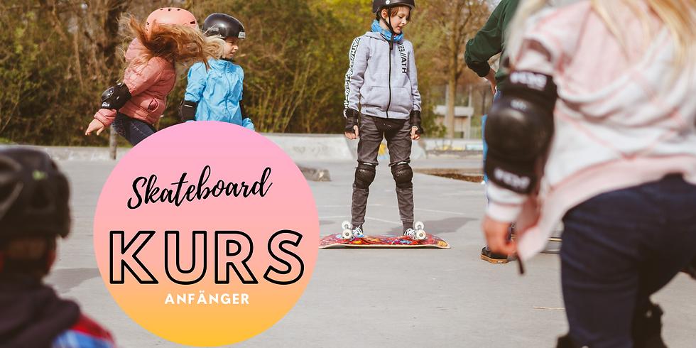 Anfänger Skateboard Kurs mit Mathias