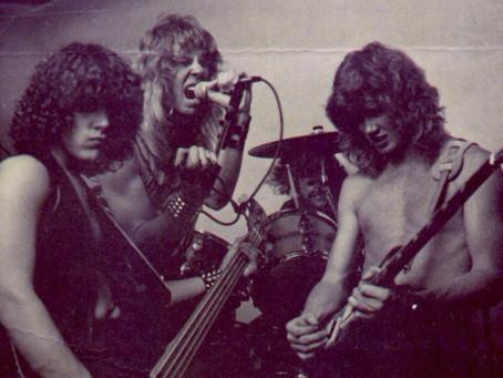 Metallica hadde businesskort?