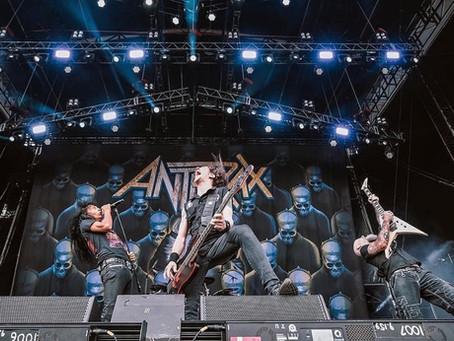 """Anthrax snakker """"Among The Living"""""""