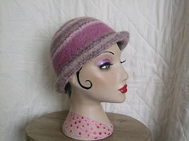 heather/pink felted hat
