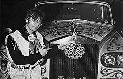 John-Lennon-Rolls-Royce-Phantom-V-08.jpg
