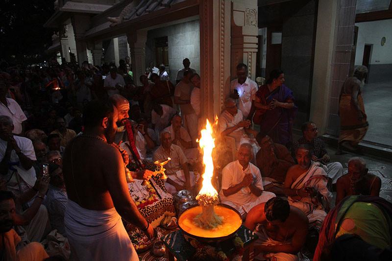 Karthigai Deepam - 2019 - Foto 07