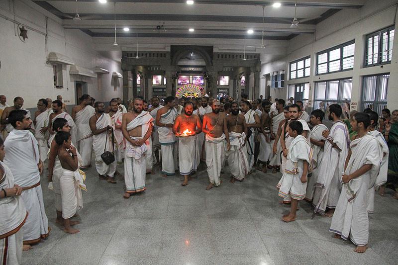 Karthigai Deepam - 2019 - Foto 20
