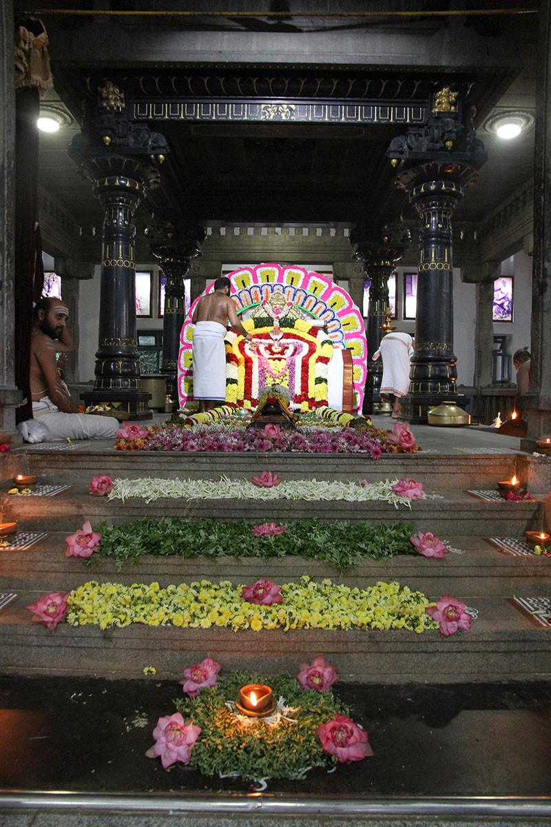 Karthigai Deepam - 2019 - Foto 24