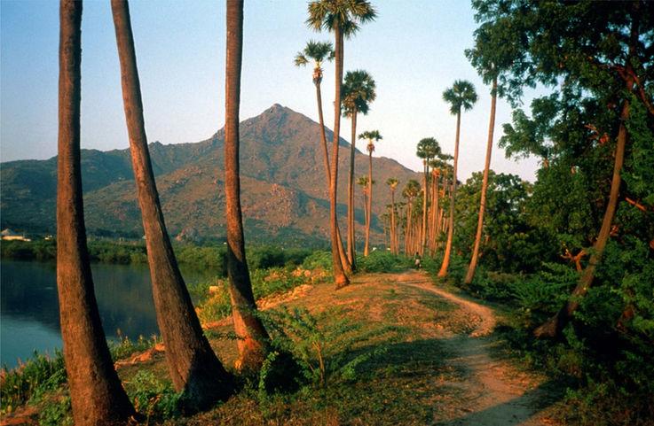 samudram-lake-copy-1024x668.jpg