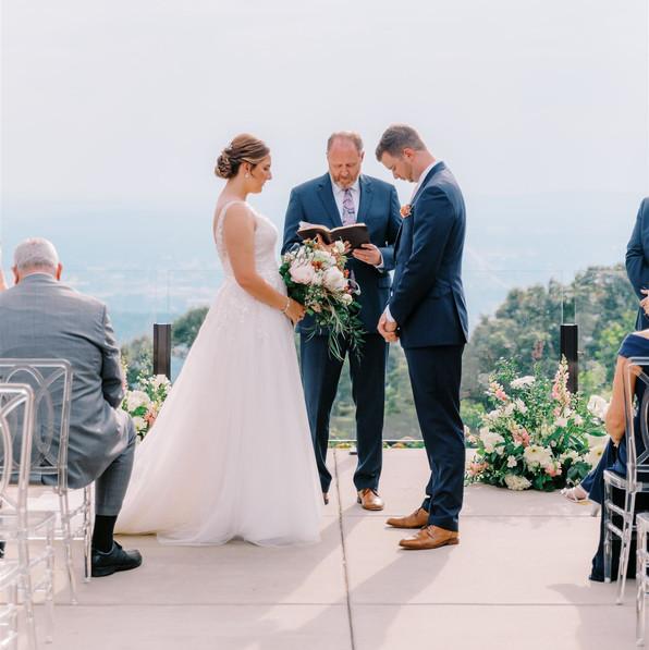 AisPortraits-Kate-Mitch-Wedding-300_websize.jpg