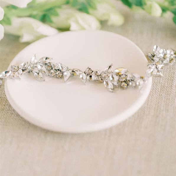 AisPortraits-Kate-Mitch-Burritt-Wedding-Sneak Peek-2_websize.jpg