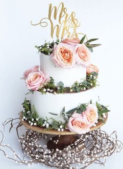kaia-cakes-co_forrest-rustic-themed-two-
