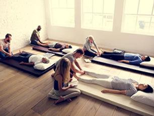 Cours massage C Zen 49 angers.jpg