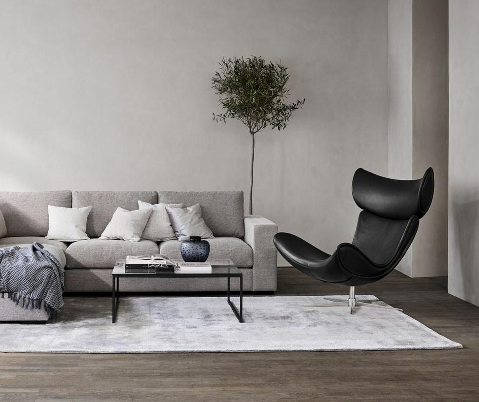 IMOLA Chair tapizado en símil de cuero negro alta resistencia