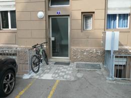 Fassade alt