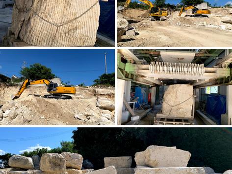 琉球石灰岩(勝連トラバーチン)の採掘、加工販売を行っています。