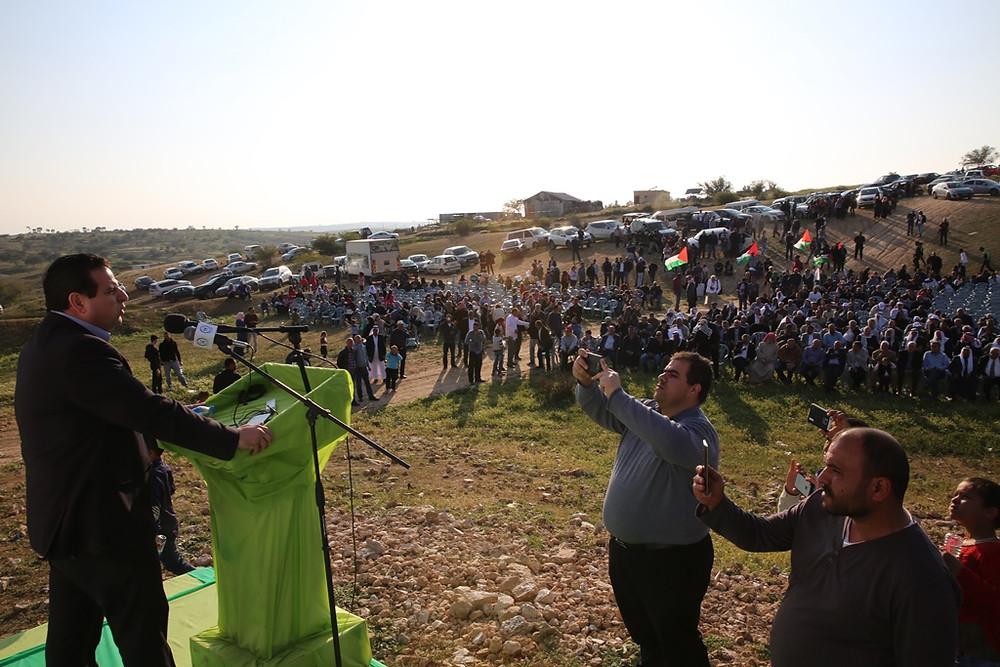 أيمن عودة خلال مهرجان يوم الارض في ام الحيران : يتطلب منا ردًا قويًا في مركزه النضال الشعبي المنظّم