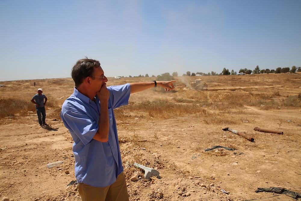 النائب دوف حنين في قرية العراقيب