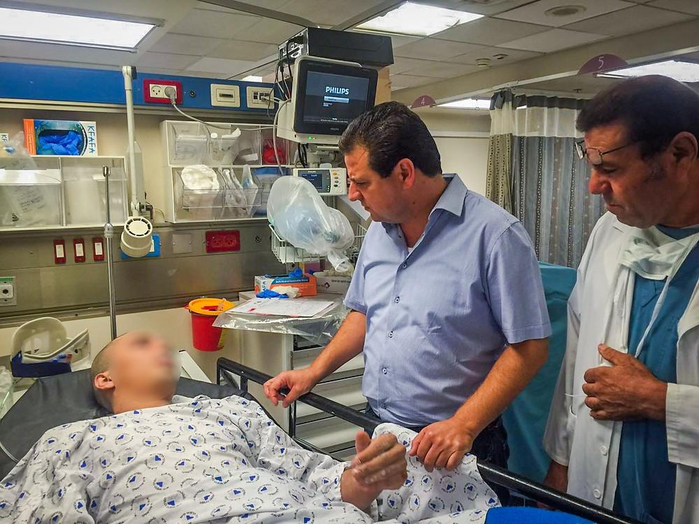 في مستشفى ايخيلوف النائب أيمن عودة: يجب اقامة لجنة تحقيق رسمية