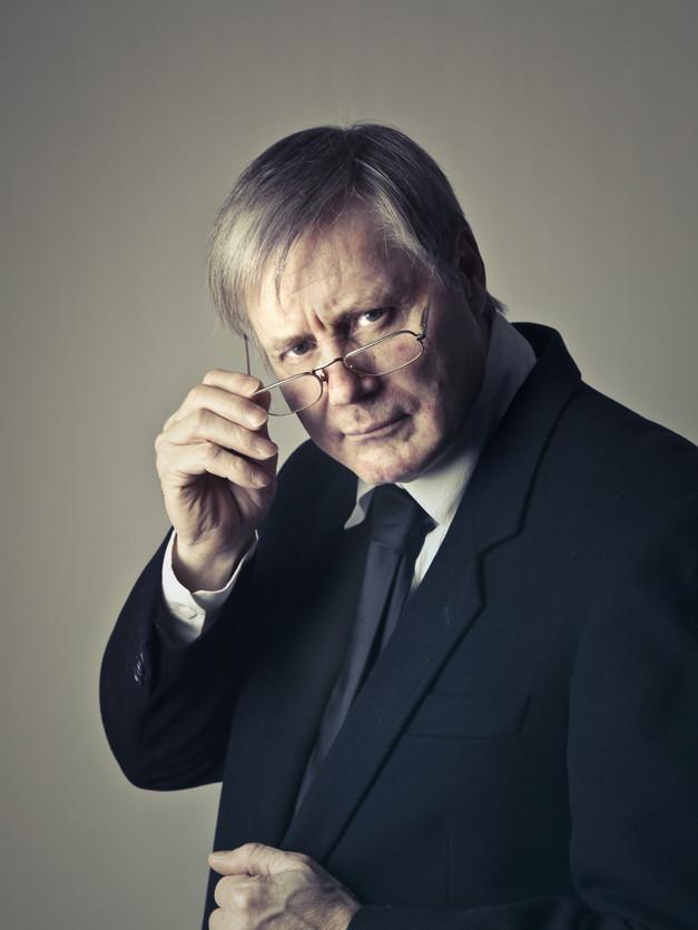 adult-businessman-corporate-756484.jpg