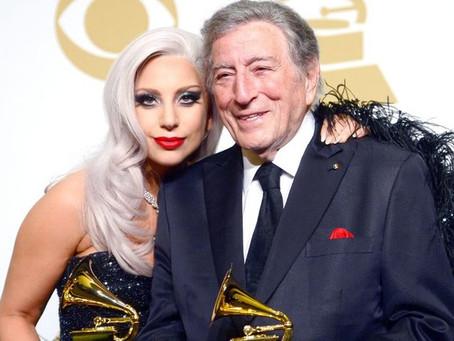 Tony Bennet, com Alzheimer, emociona e nos inspira, cantando com Lady Gaga