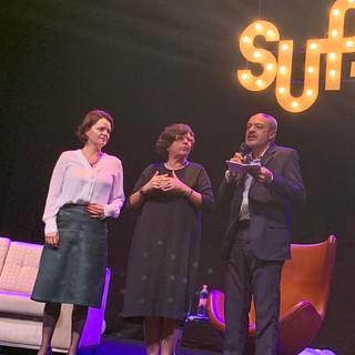 As neurologistas Jerusa Smid e Sônia Brucki com Luis Moraes