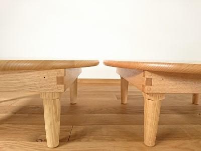 柿渋を塗ったちゃぶ台とそうでないちゃぶ台の比較をしました。