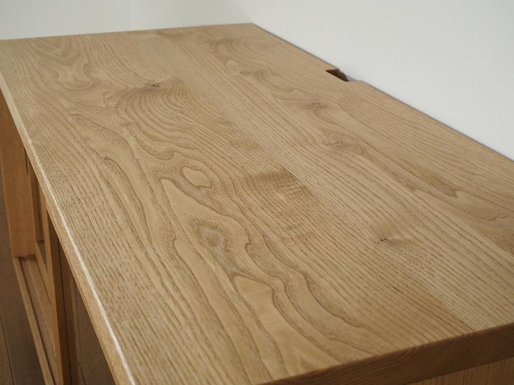 栗材で製作したテレビボード