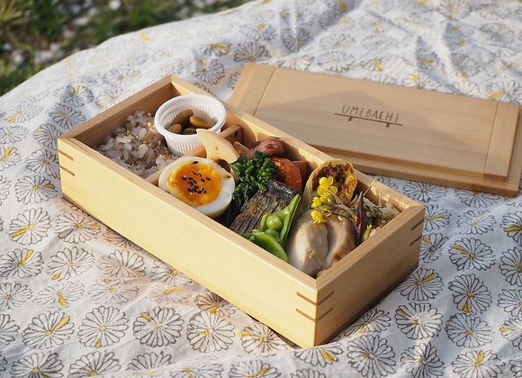 木製のお弁当箱