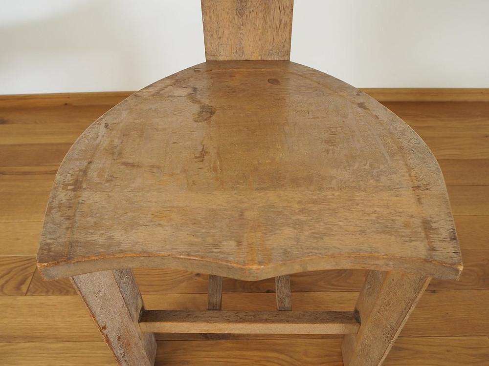 椅子のリペア前