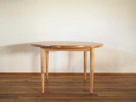 オニグルミのラウンドテーブル T-2