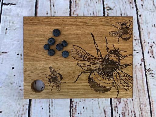 Servier / Schneidebrett - Bienen